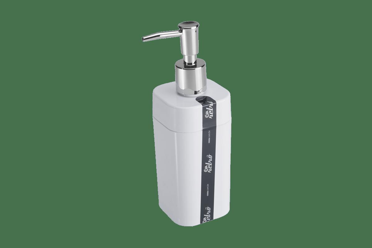 Com design de linhas simples e retas, o porta sabonete líquido é perfeito para organizar a bancada do banheiro. Em cores transparentes ou compactas, oferece praticidade na medida certa.