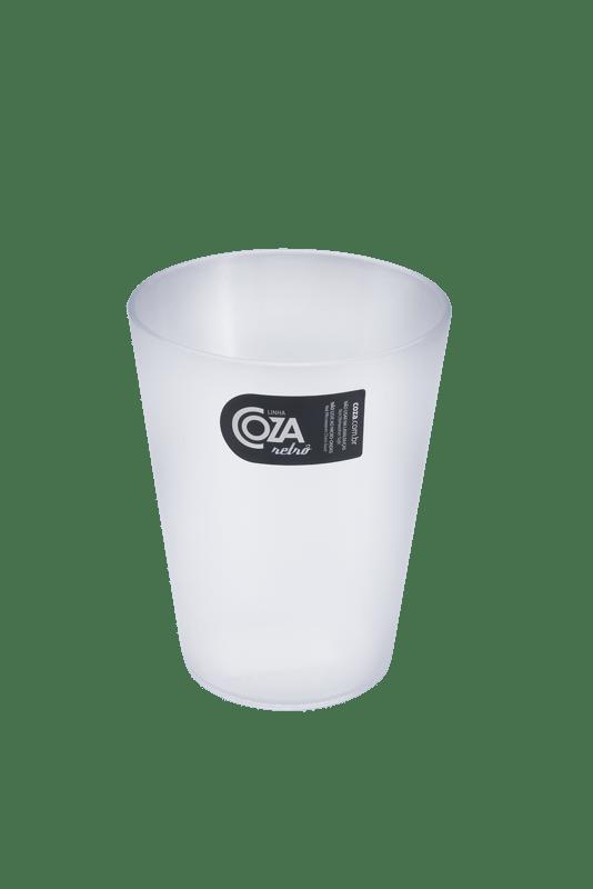 O Copo 300 ml é leve e prático, perfeito para servir qualquer tipo de bebida.